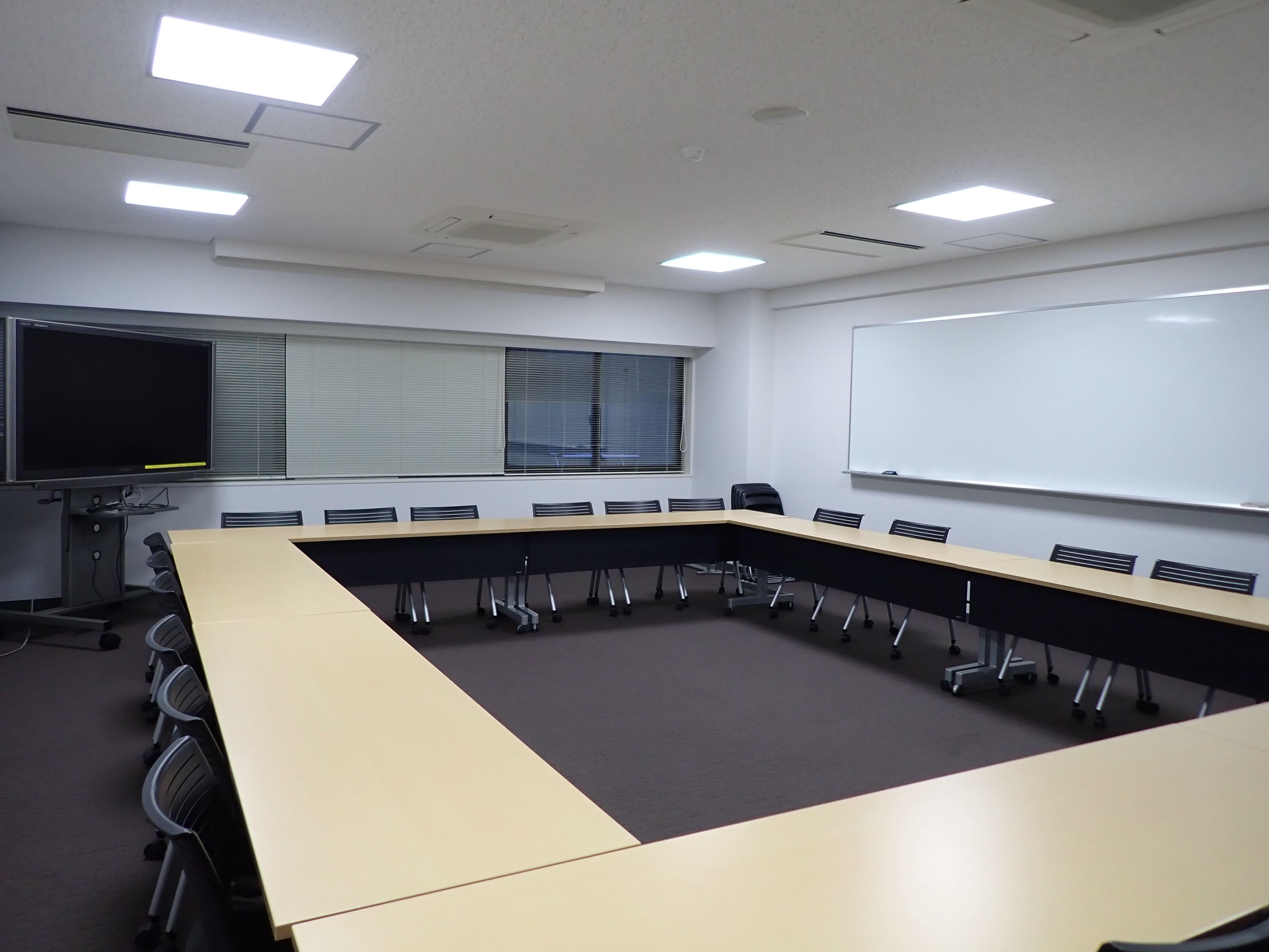会議室1 (23名)